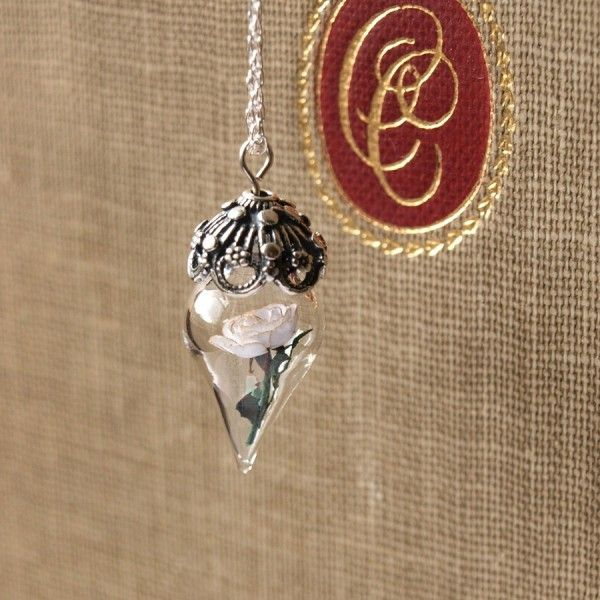 Creative pendants and rings made with mini bottles, Pendant