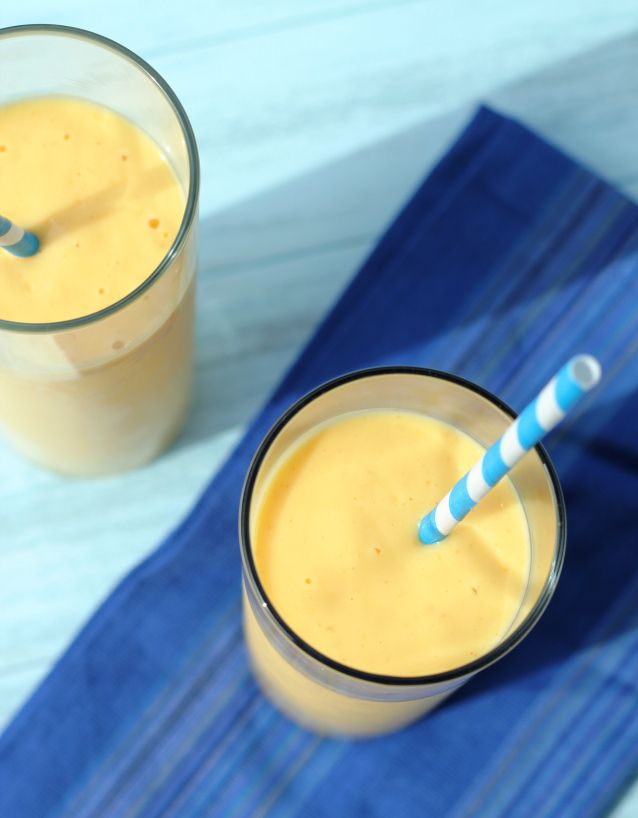 simple mango smoothie with yoghurt
