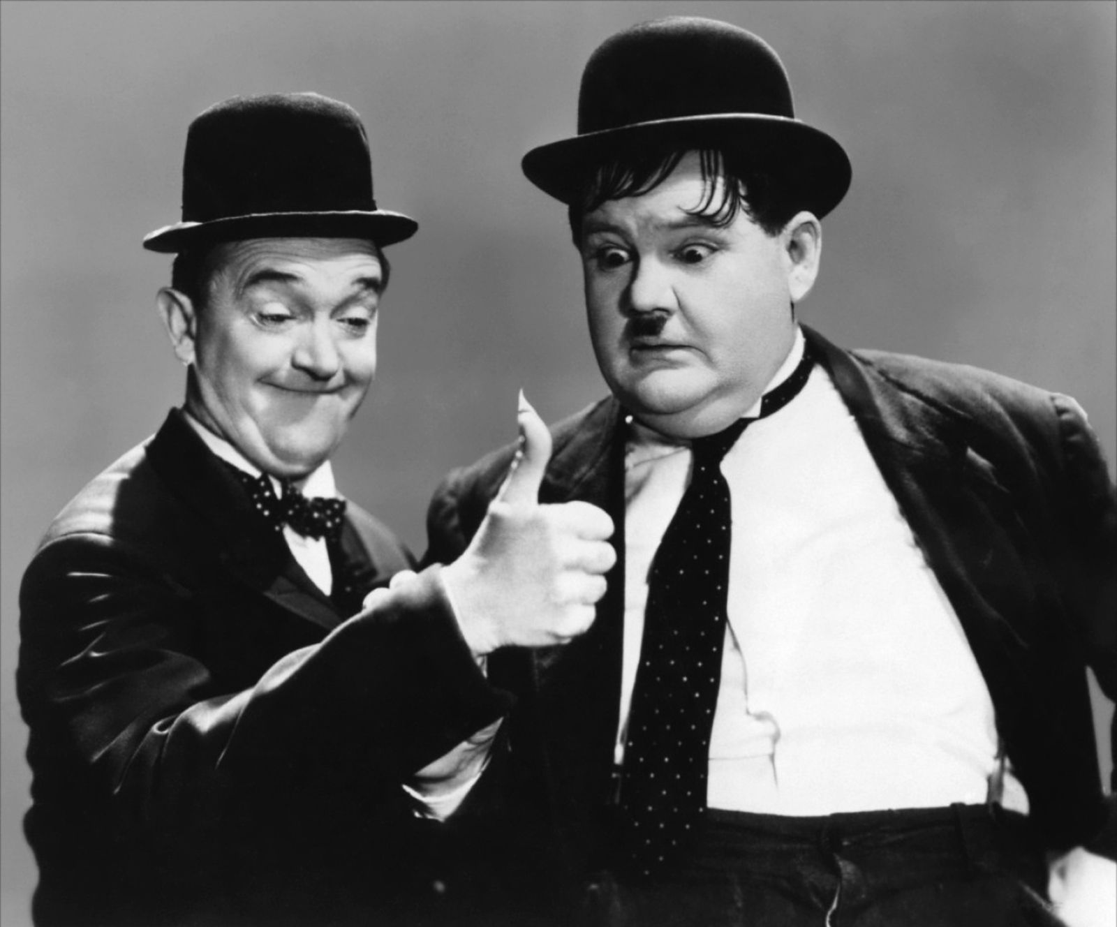 lareal and hardy | Stan Laurel y Oliver Hardy.- "|1600|1328|?|en|2|0801c39093808f82af792935f6b67bb2|False|UNLIKELY|0.3339388072490692