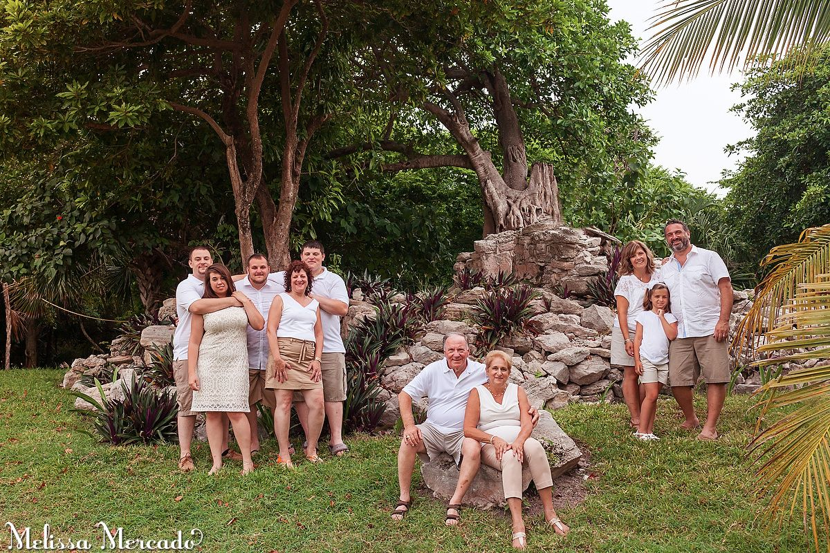 white & khaki family portraits in the Playa del Carmen jungle, Mexico melissa-mercado.com