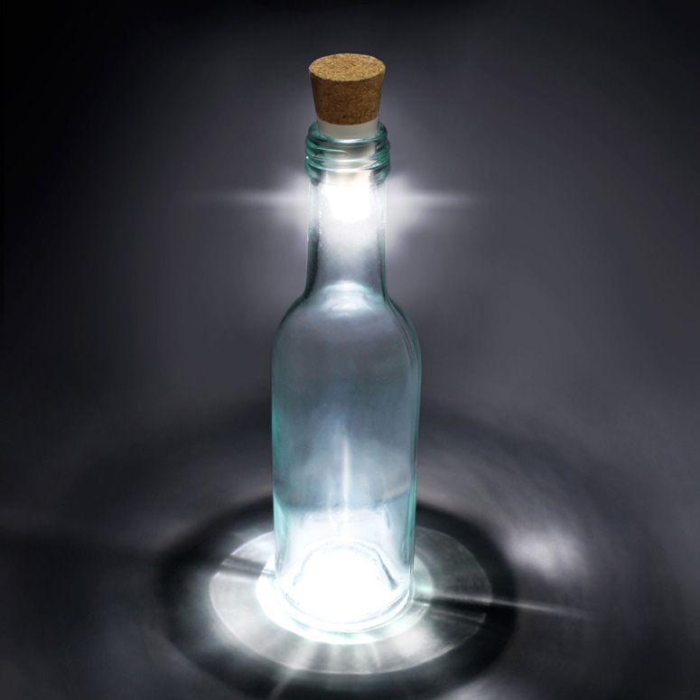 Upcycling: 15 Ideen für Lampen aus Flaschen