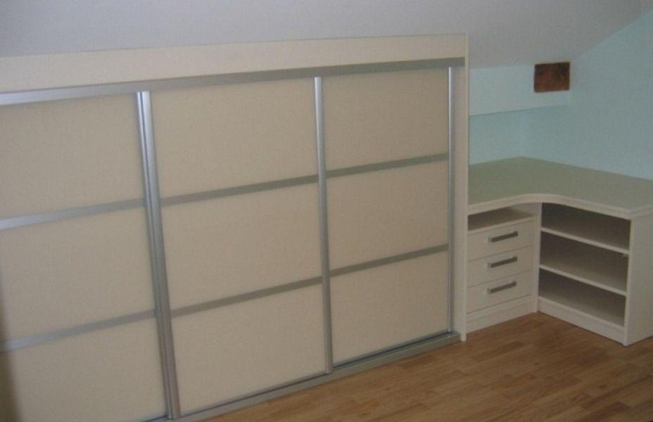 placard sous pente sur mesure rangeocean am nagements. Black Bedroom Furniture Sets. Home Design Ideas