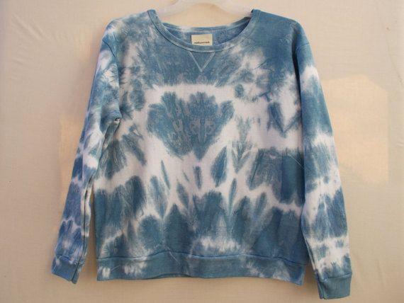 Sweatshirt Indigo Sweatshirt Shibori tie dye by AddisonMade
