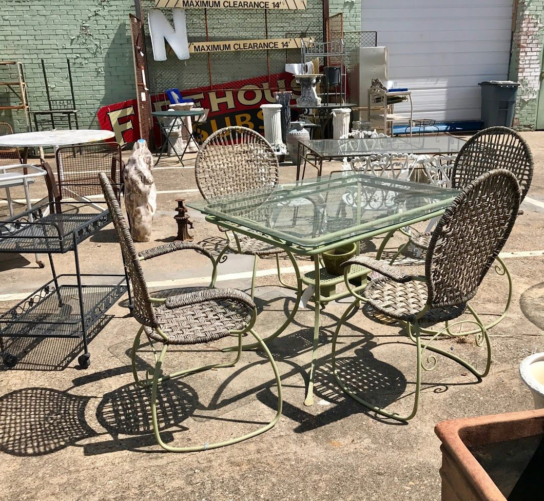 Rectangle Patio Table And Four Chairs $200 Booth #282 On The Patio Lula Bu0027s  1010