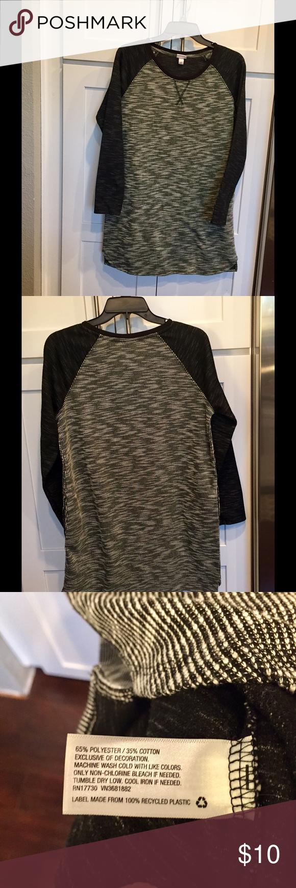 Merona knit dress Black and white Merona knit dress. Looks cute with boots and leggings. Merona Dresses Long Sleeve