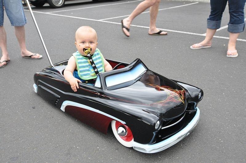 Hotrod Cadillac Kids Pram Stroller Fibreglass Pedal Car