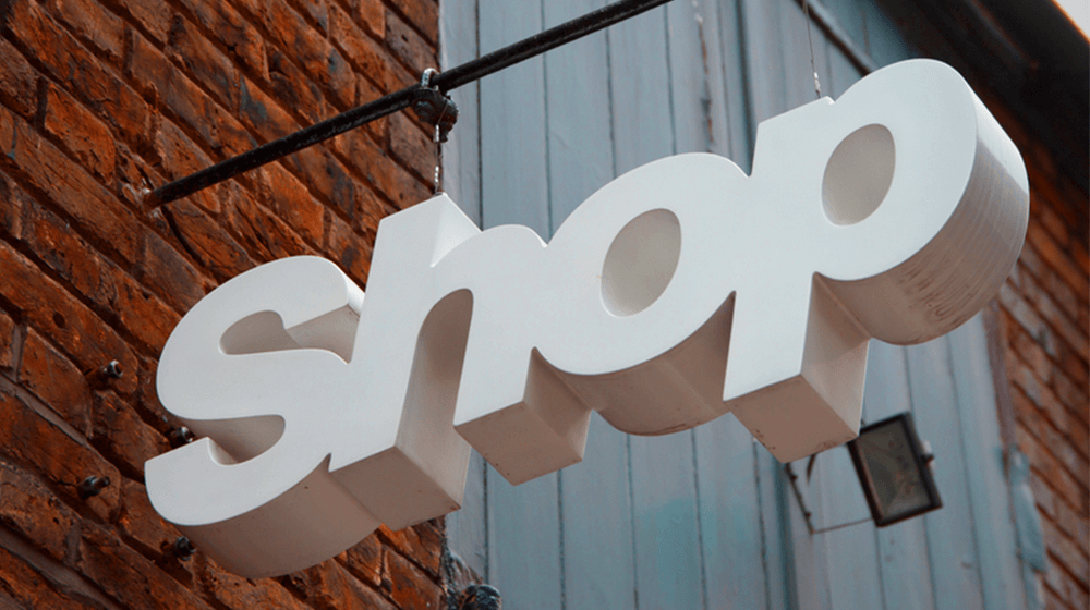 How Can Brick and Mortar Stores Compete with Online Retailers? #life, #business, #socialmedia, #worl...