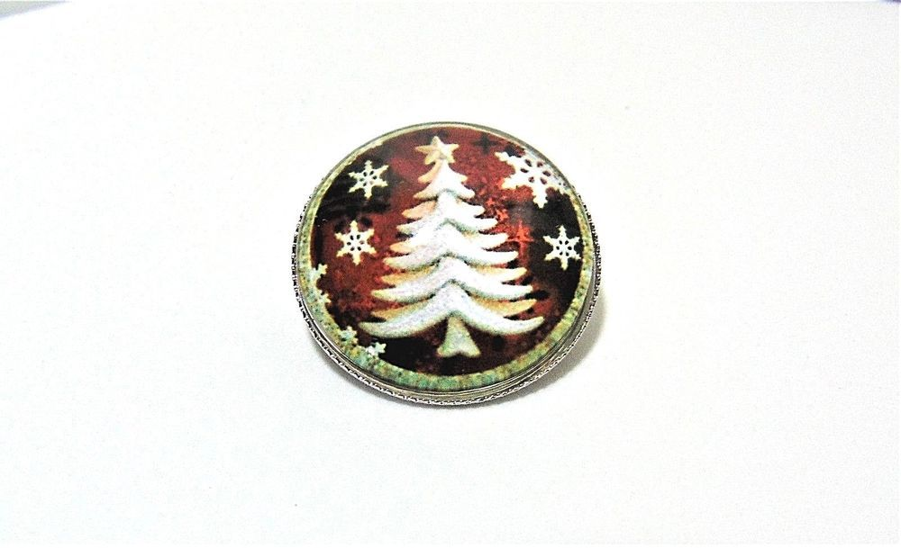 womens Christmas glass pin brooch white christmas tree snowflakes aluminum  back  Unbranded ddda75c64c
