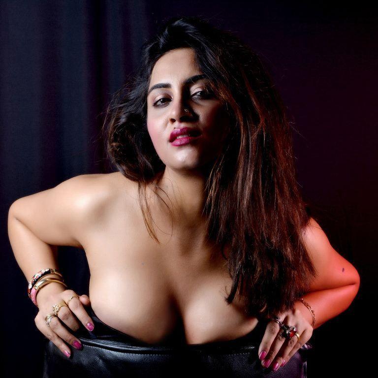 hot nude adult bold girl photo