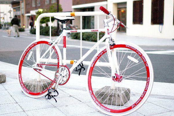 【代引OK】700CシングルスピードBSS-70D[ピストクロスバイク激安自転車ショートハンドルディープリム通販ヴァクセンWACHSEN]