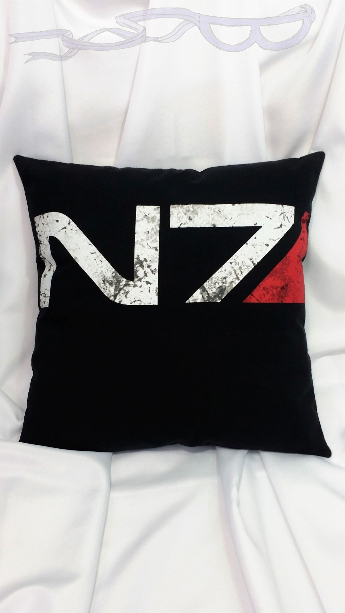 Mass effect n black tshirt made into a pillow cover mass effect