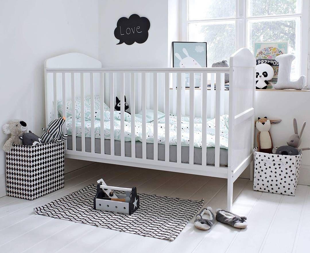Lozeczko Dzieciece Hampton Cot Bed 140x70 Woodies Wyprodukowane W Polsce Bed Cot Bedding Cribs