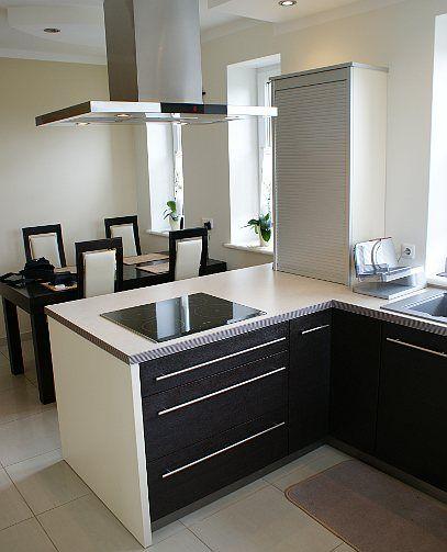 Kuchnia W Bloku Na Wymiar Szukaj W Google Kitchen Home Decor