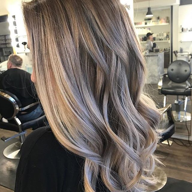 Low Maintenance Bronde Color By Kieraandtheglamour Hair Hairenvy Hairstyles Haircolor Bronde Balayage Highl With Images Bronde Hair Hair Beauty Hair Color Pastel