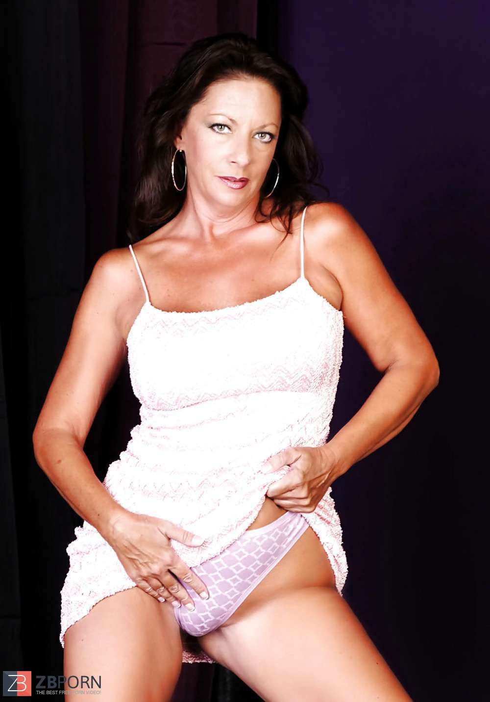 Margo Sullivan Nude Photos 57