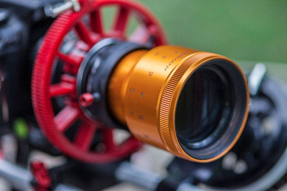 Isco Iscorama Mini Anamorphic Lens- COMPACT! Sharp, close-focusing