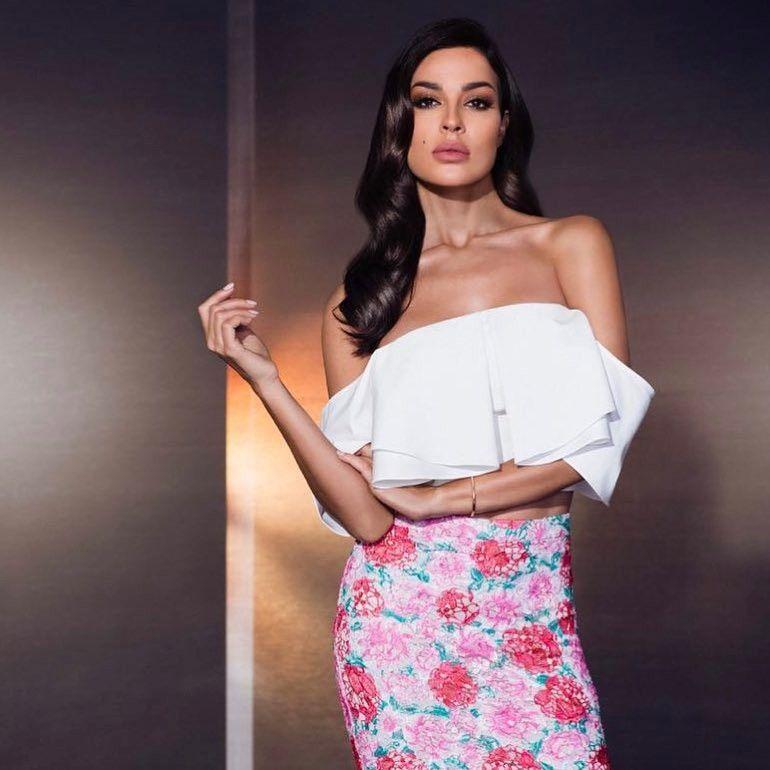 Nadine Nassib Njeim On Instagram مسلسل الهيبة رمضان ٢٠١٧ نادين نسيب نجيم عليا عليا نادين نسيب نجيم Nnn Missfemi9 Fe Fashion Pretty Woman Arabian Beauty