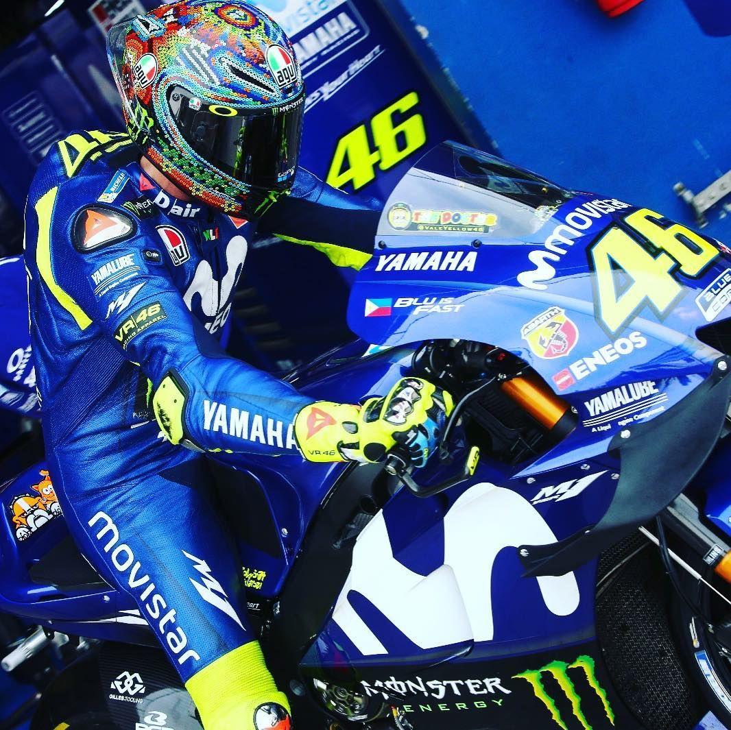 11k Vind Ik Leuks 22 Reacties Yamaha Motogp Yamahamotogp Op Instagram A Difficult Second Day Of Testin Valentino Rossi Valentino Rossi 46 Yamaha Motogp