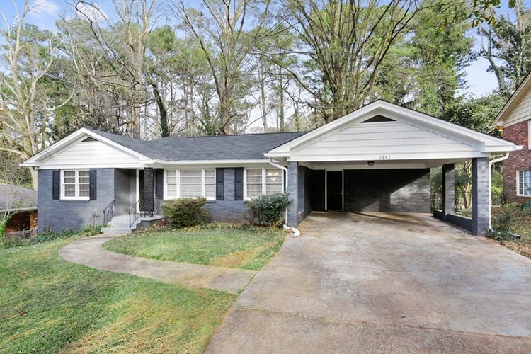 1442 Thomas Rd Decatur Ga Rental Powered By Postlets Renting A House Property Family House