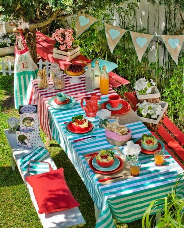 Ideas para decorar mesas al aire libre picnic mp for Idea paisajismo patio al aire libre