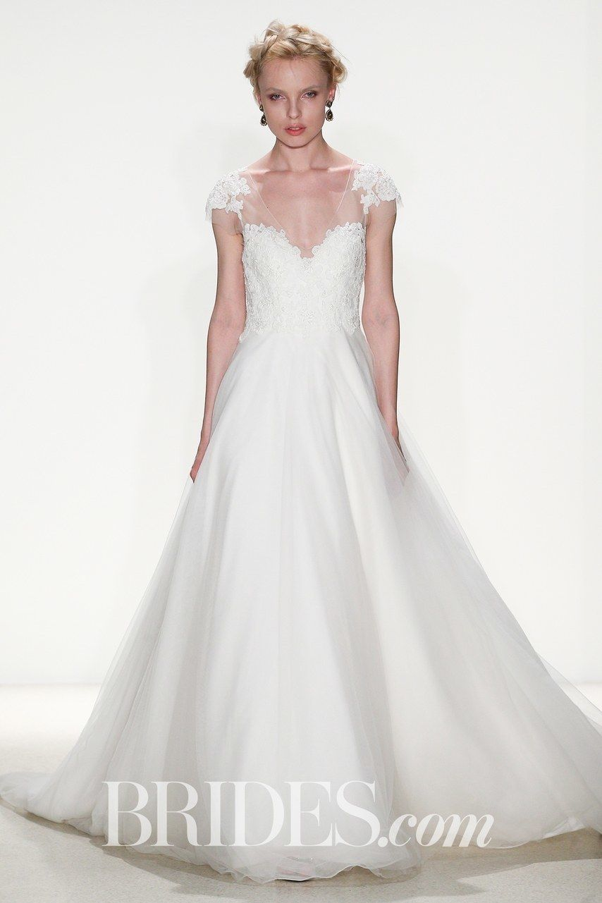 Classic Wedding Dresses You Won\'t Hate 20 Years From Now | Brides ...