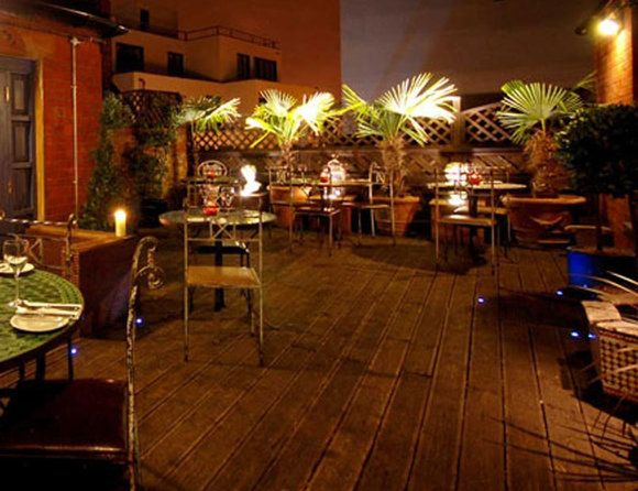 Five best rooftop gardens (With images) | Rooftop bar ...