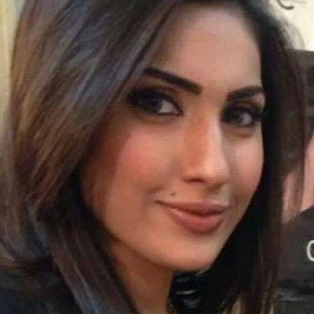 Iraqi girl Baraa Alazzawi | Woman face, Girl, Female