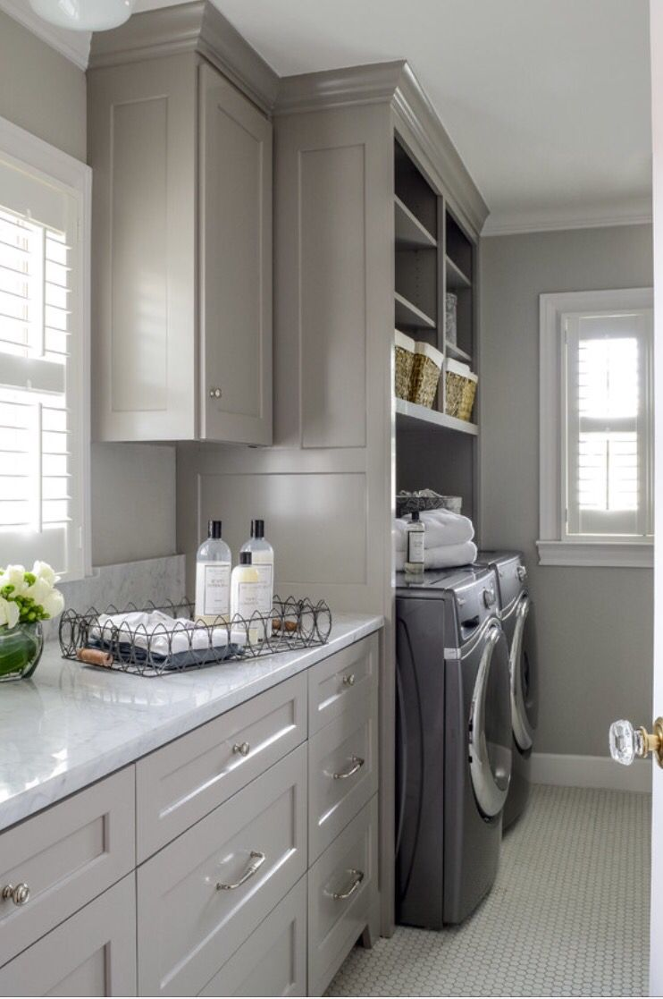 Best The Psychology Of Why Gray Kitchen Cabinets Are So Popular 640 x 480