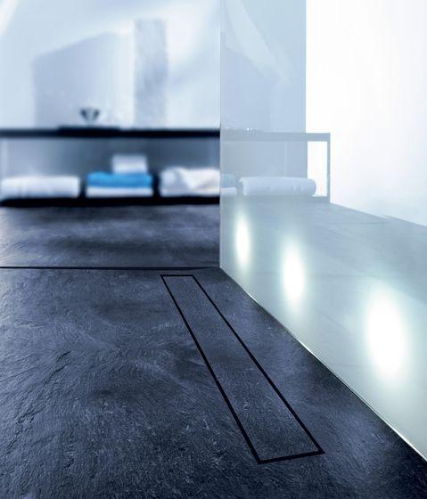 Gerade in Verbindung mit einer Fußbodenheizung ist der Fliesenbelag ein idealer Wärmeleiter.  Sie sind nicht nur äußerst praktisch, sondern vor allem auch pure Natur. Diese verknüpfen auf beeindruckende Weise die Natur mit einem modernen, geradlinigen Baustil.   http://www.schiefer-deutschland.com/schiefer-bodenfliesen-angenehme-schiefer-bodenfliesen