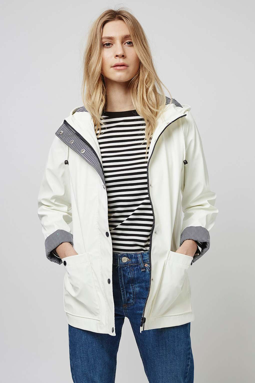 4b8eac4f9a86 White Rain Mac | Outfits | Cute raincoats, Jackets, Rain jacket women