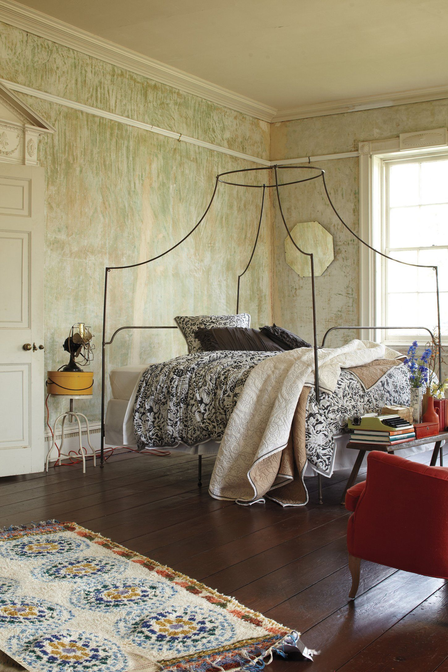 Hanging bed anthropologie - Campaign Canopy Bed