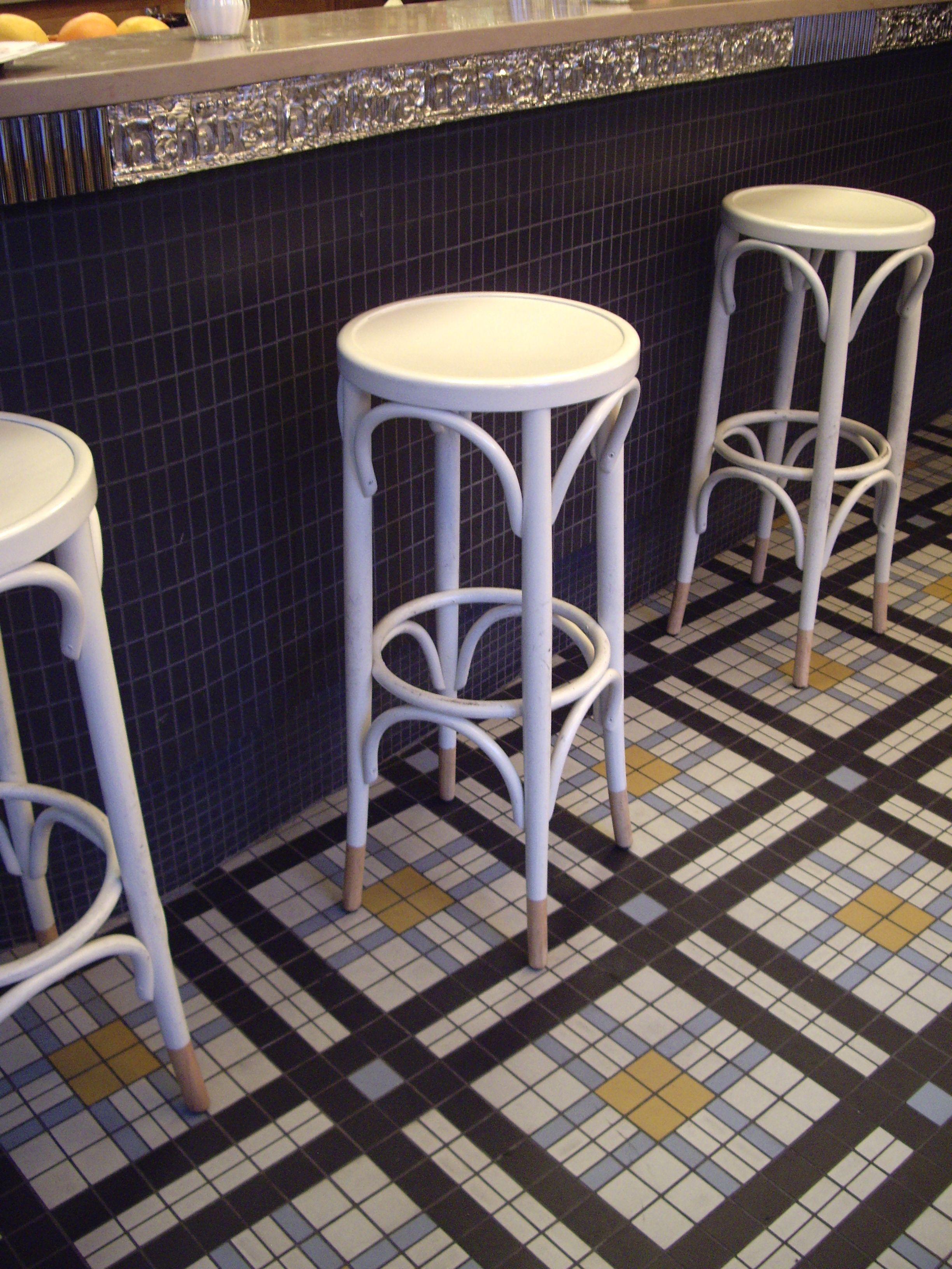 winckelmans tiles in cafe blanc paris france pour la petite