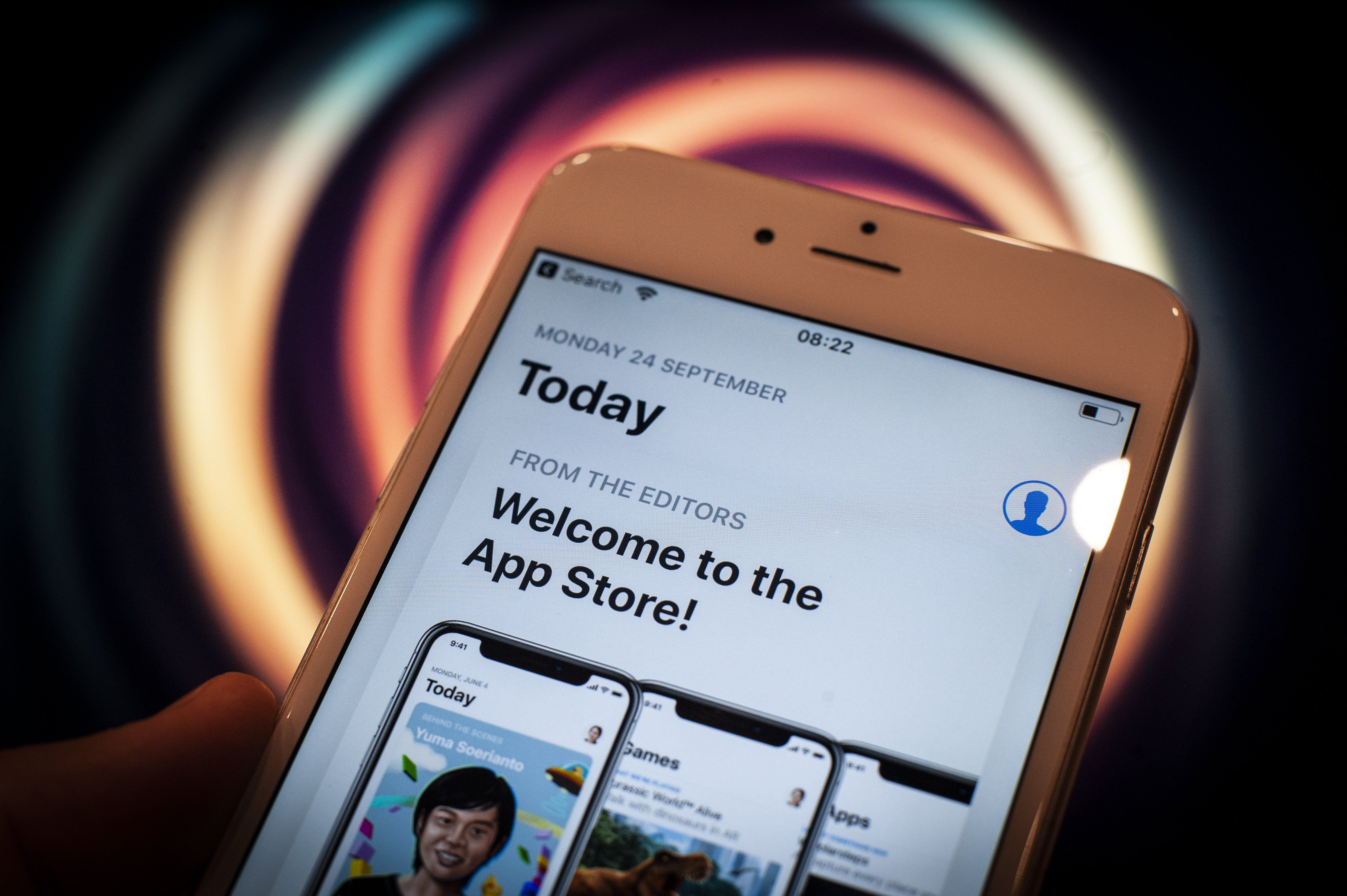 Apple Pulled Parental Control Apps 'Over Privacy Concerns