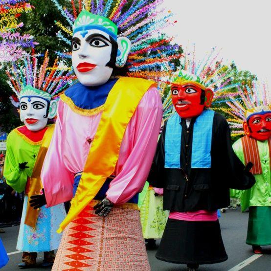 Ondel Ondel Betawi Traditional Dance Pinterest Indonesia Folk