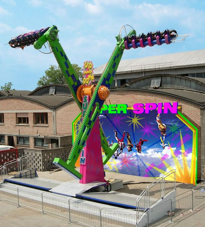Products Zamperla Rides Super Spin A Take To The Sky Theme Parks Rides Amusment Parks Rides Amusement Park Rides