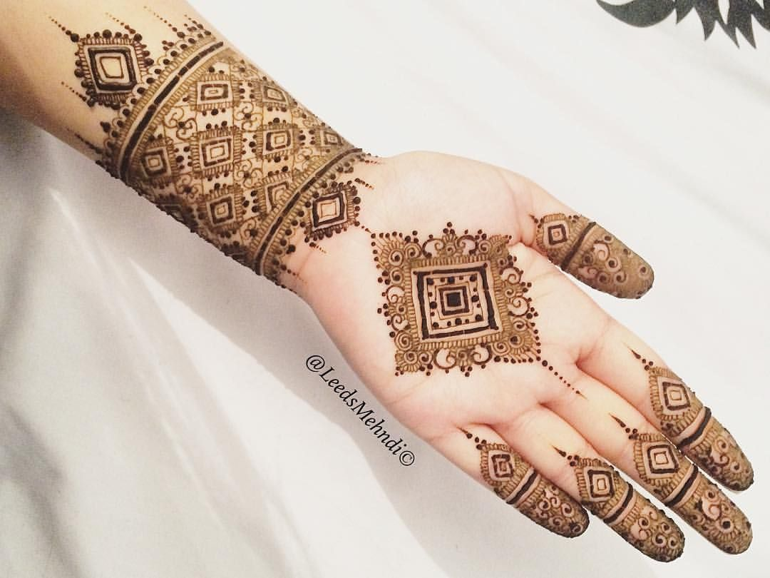 Square design henna mehndi pinterest hennas squares for Henna tattoo nyc