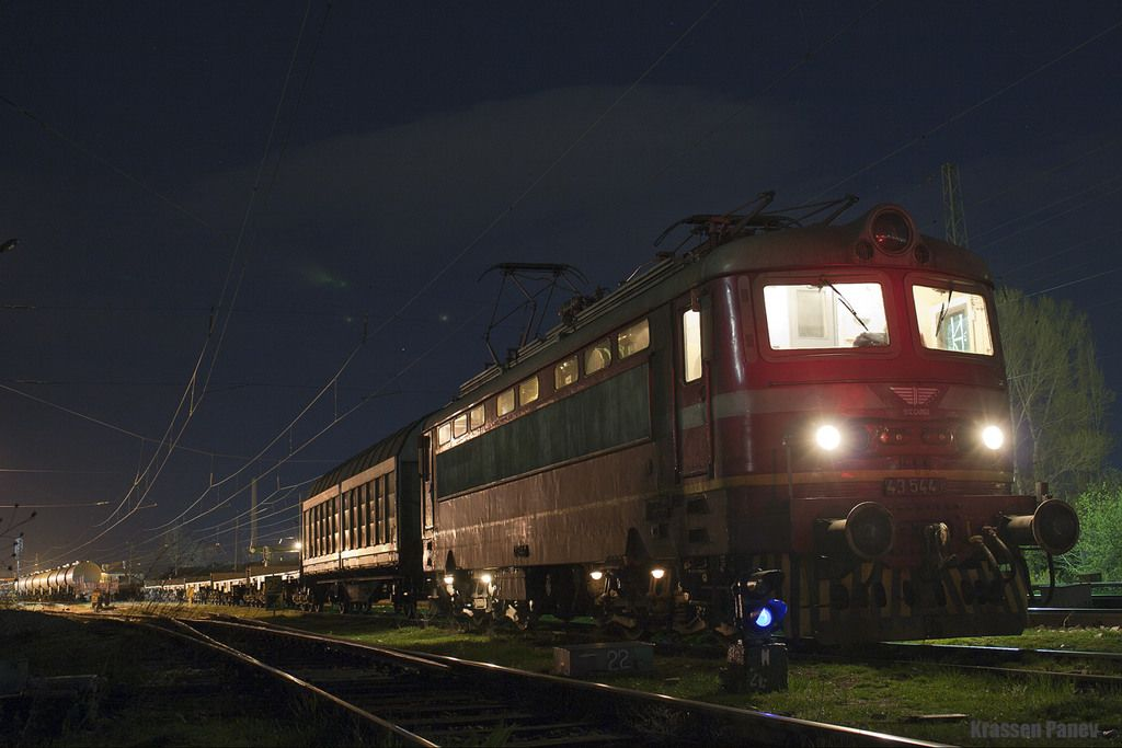Bulgaria - BDŽ Cargo 43.5 544.6 / Iskur — Trainspo
