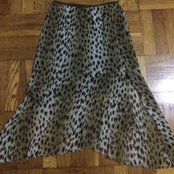 Leopard skirt✨ Sheer bottom of skirt. Lined on top.  Excellent condition Skirts