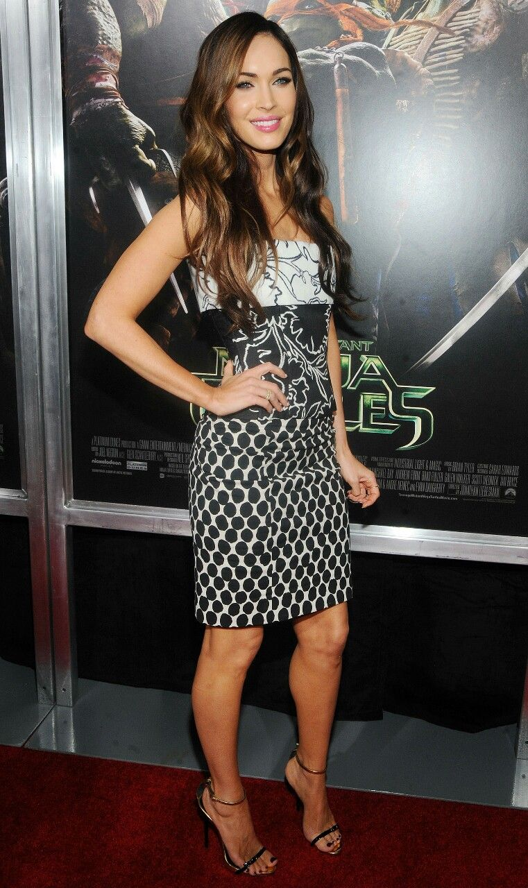2d10a353c1d Megan Fox looking stunning in high heels | Celebrity feet n shoes ...