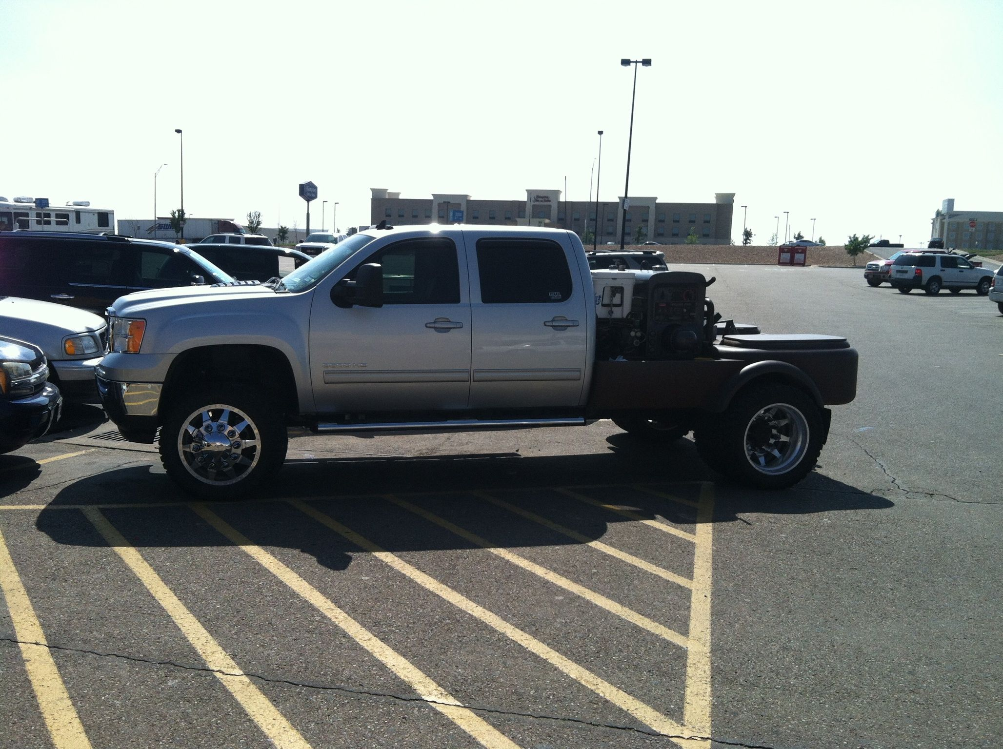 Caught in Dumas Texas Welding rig, Welding trucks