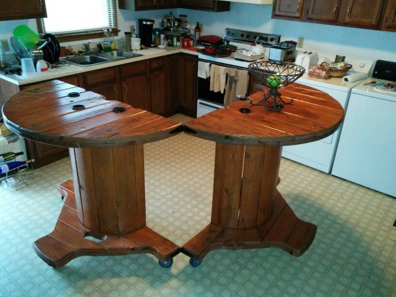 Cheff bar spool table my spool table pinterest bar for Cable reel table
