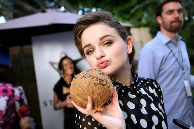 The Kissing Booth in 2020   Kissing booth, Joey king hot ...