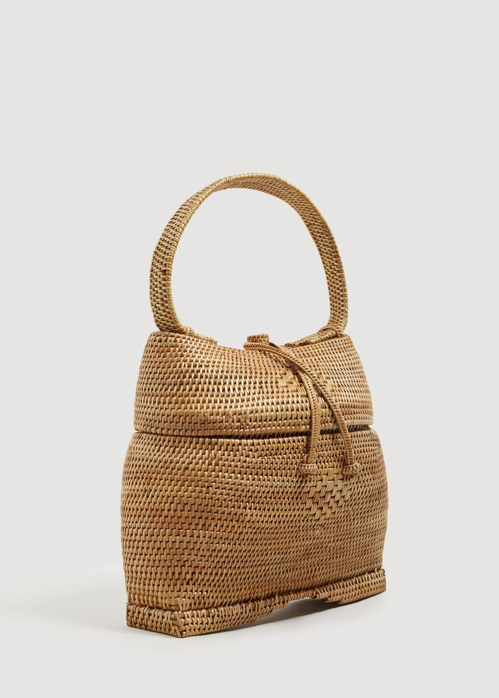 a98962a380c1 Stitched details Mock drawstring Bamboo Basket, Mango France, Basket Bag,  Cordons, Straw