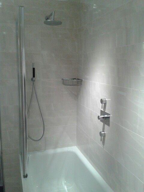 Shower bath setup