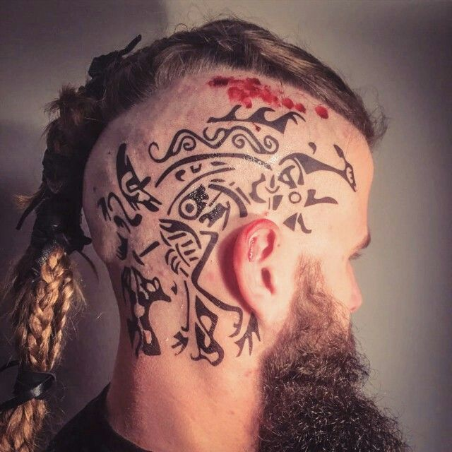 Pin von sam white auf vikings pinterest for Ravens face tattoos