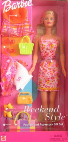 @wisechicks : Barbie Weekend Style Fashion and Accessory Gift Set (2001) -   https://t.co/XNFcsIdjm7 https://t.co/0EBHtoFVqA