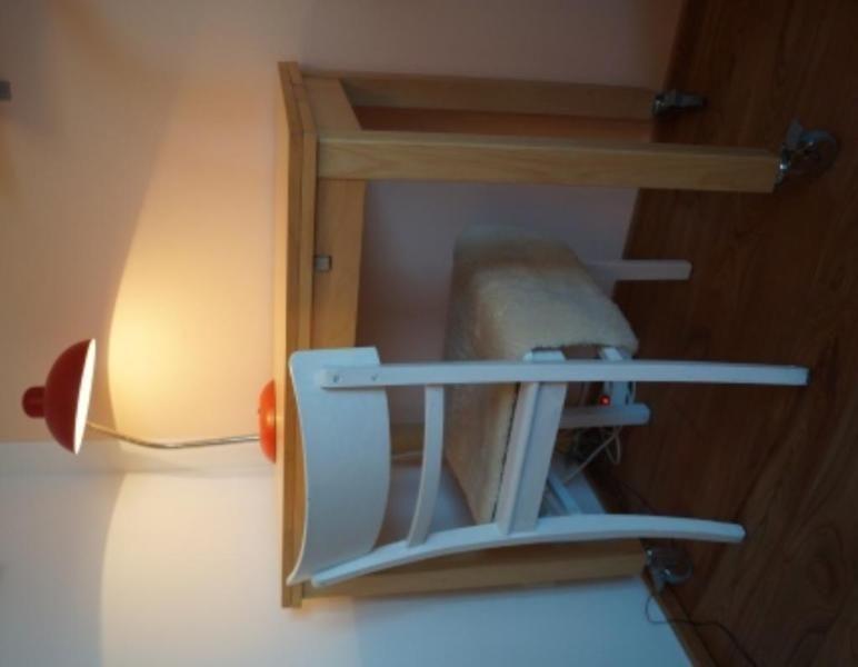 Wir Trennen Uns Aus Platzgrunden Von Unserem Ikea Bjursta Tisch Masse L 90cm Ikea Bjursta Tisch Mit Rollen Ikea