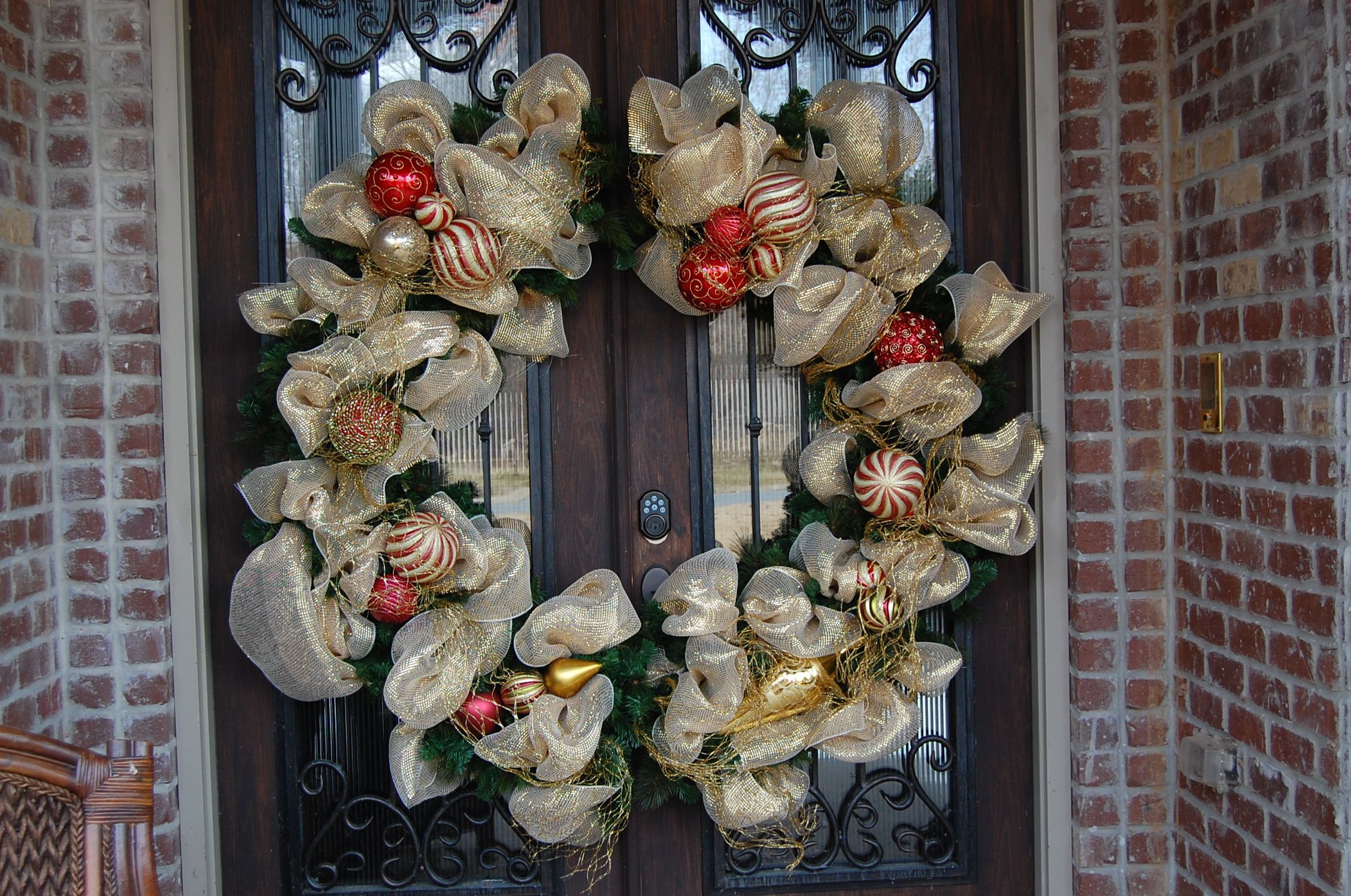 Double door gigantic wreath I made for a client last Christmas.