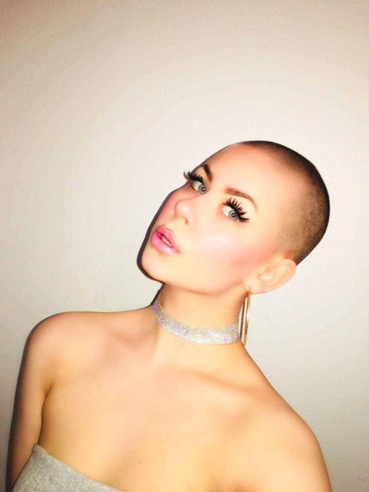 The bald barbie nanna baldwomen buzzcut hairdare tapered