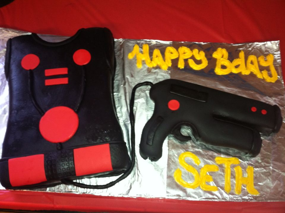 Laser Tag Cake For My Sons Birthday Actually Traced On Of His Nerf Guns Then Cut Around It The Vest Was A 13x9 Pan And Just Trim Edges